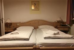 Hotel Sextner Hof - 5denní lyžařský balíček se skipasem a dopravou v ceně***2