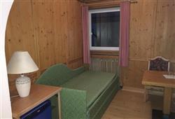 Hotel Sextner Hof - 5denní lyžařský balíček se skipasem a dopravou v ceně***5