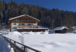 Hotel La Molinella - 5denní lyžařský balíček s denním přejezdem a skipasem v ceně***0