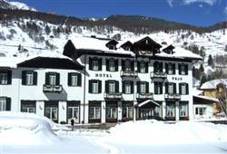 Hotel Pejo - 6denní lyžařský balíček s denním přejezdem a skipasem v ceně***1