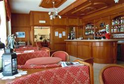 Hotel Pejo - 6denní lyžařský balíček s denním přejezdem a skipasem v ceně***14