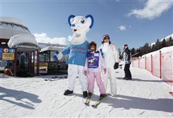 Hotel Pejo - 6denní lyžařský balíček s denním přejezdem a skipasem v ceně***28