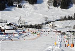 Hotel Pejo - 6denní lyžařský balíček s denním přejezdem a skipasem v ceně***27