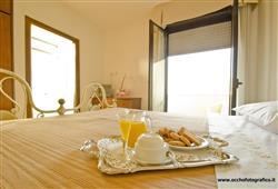Hotel Altamira**2
