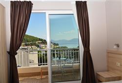 Hotel Drvenik Palace***6