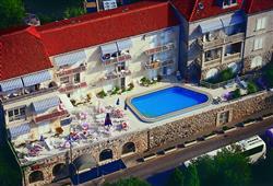 Hotel Komodor***1