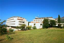 Hotel Laguna - Gradac**4