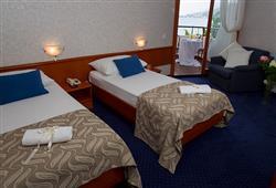 Hotel Laguna - Gradac**12
