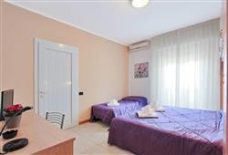 Hotel Carla**5