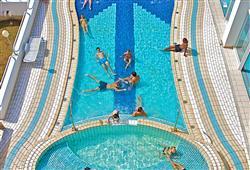 Hotel Brioni**11