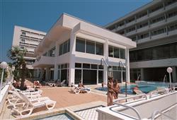 Hotel Brioni**13