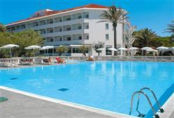 Hotel Domizia Palace****0