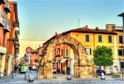 Porta Montanara, starobylá brána