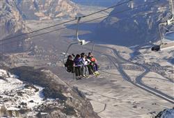 Hotel Piancastello - 5denní lyžařský balíček se skipasem a dopravou v ceně***29