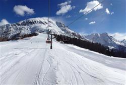 Hotel Derby - 6denní lyžařský balíček s denním přejezdem a skipasem v ceně***18