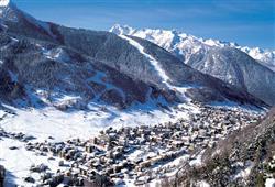 Hotel Derby - 6denní lyžařský balíček s denním přejezdem a skipasem v ceně***22
