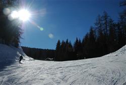 Hotel Derby - 6denní lyžařský balíček s denním přejezdem a skipasem v ceně***24