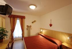 Hotel Garni Bernard**3