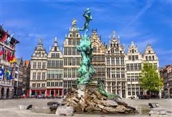 Náměstí Grote Mark je jedním z nejkrásnějších na světě