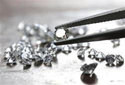 Vzácné kamínky budeme obdivovat v brusírně diamantů