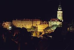 Pohled na noční Český Krumlov
