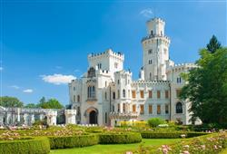 Zámek hluboká nad Vltavou - pohádkové sídlo utkané ze snu krásné paní