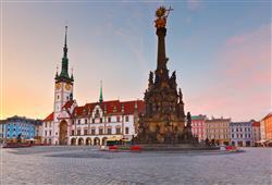 Druhá největší památková rezervace v ČR, Olomouc, nabízí řadu atraktivních míst. Barokní sloup Nejsvětější Trojice je na seznamu UNESCa