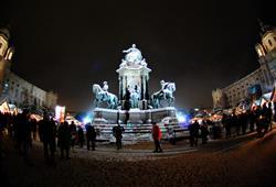 Historickými monumenty je Vídeň věhlasná