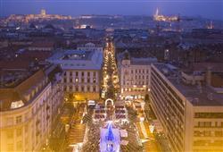 Náměstí Vörösmarty tér je jedním z nejhezčích v Budapešti