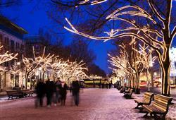 Vánoční Berlín září tisíci světýlek