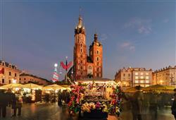 Každý rok se Rynek Główny promění v místo vánočního veselí