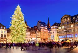Adventní trhy ve francouzském Štrasburku0