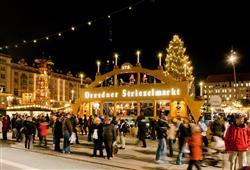 Nejznámějším trhem je Striezelmarkt
