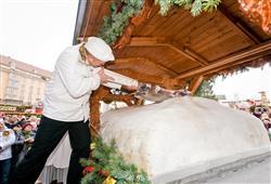 S drážďanskými vánočními trhy je spjata také tradiční vánoční štola