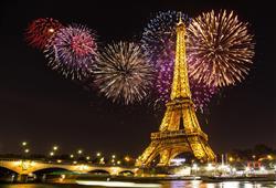 Přivítejte Nový rok pod Eiffelovou věží