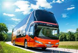 Po celou dobu zájezdu vás bude přepravovat jeden z našich moderních autobusů