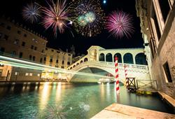 S průvodcem se podíváte k největším skvostům města – třeba i k slavnému Ponte di Rialto