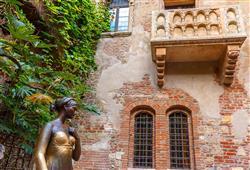 Uvidíte i nejslavnější balkón všech dob, kde Romeo vyznával Julii lásku