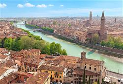Verona se kromě příběhu nesmrtelné lásky může pochlubit mnoha turistickými zajímavostmi