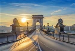 Řetězový most je jedním z ikonických míst Budapešti