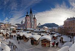 Městečko Mariazell se v předvánoční době mění v kouzelné místo.