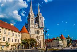 Zagreb, to je směsice středověkých věží, paláců z 19. století, trhů pod širým nebem i starobylých katedrál