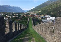 Bellinzona hlavní město Švýcarského kantonu Ticino