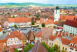 Na náměstí v Sibiu najdete Brukenthalský palác, jednu z nejvýznamnějších barokních budov v zemi