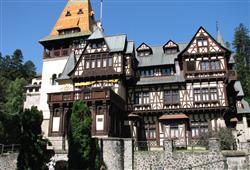 Navštívíme i zámek Pelişor, který leží v horském městečku Sinaia