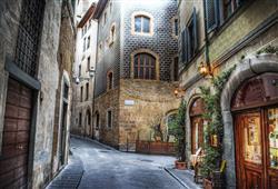 Atmosféru starého města dokresluje labyrint spletitých uliček
