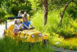 Zde jsou řidiči sami děti, kteří si mohou ovládání aut nacvičit na dětském hřišti
