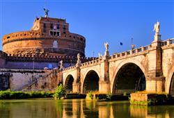 Andělský hrad býval mauzoleem, pevností, úkrytem i místem milostných schůzek