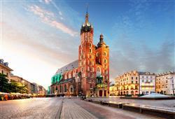 Symbolem města je Mariánský kostel. Z jeho věže každou hodinu člen místního hasičského sboru troubí nedokončenou melodii