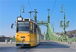 """Turistická """"Žlutá tramvaj"""" č. 22 vás proveze kolem nejznámějších památek"""